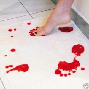 Badematte Blut