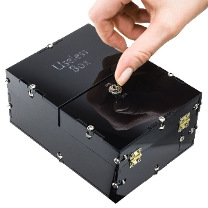 useless box bausatz