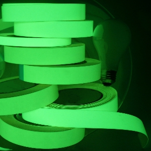 tape klebeband glow in the dark